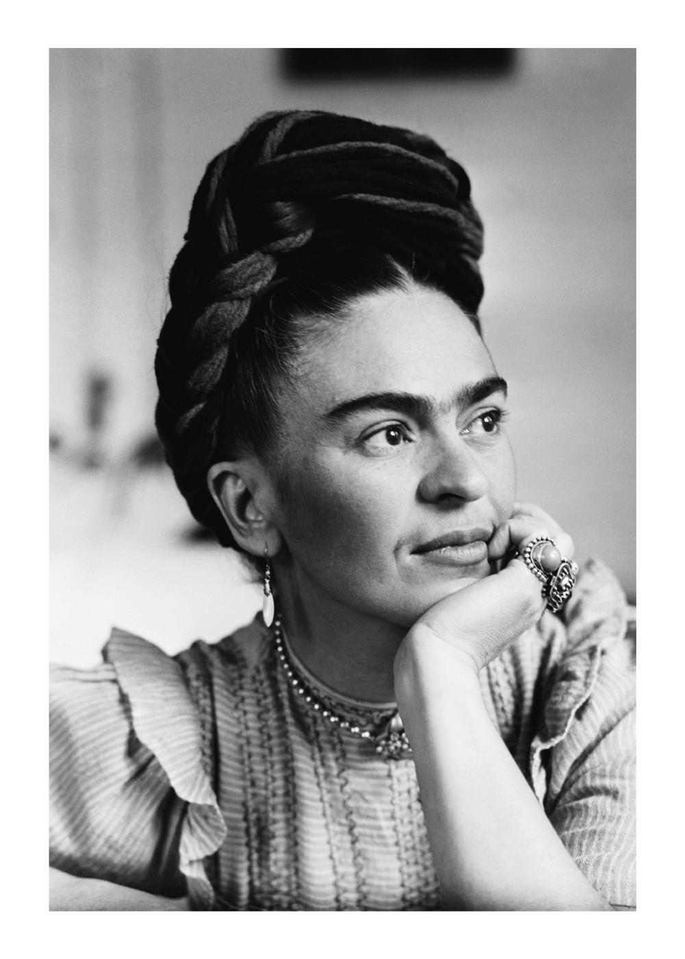 Billede af Posing Frida - Frida Kahlo fotoplakat