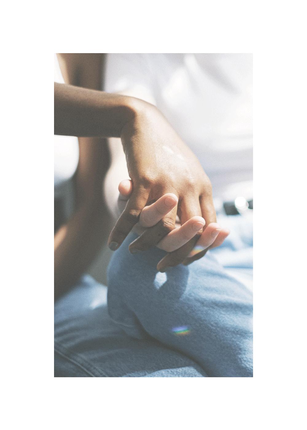 Holding hands - LGBT plakat
